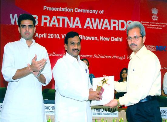 Madhya Pradesh receives Web Ratna Awards 2009 NCNP Category Awards